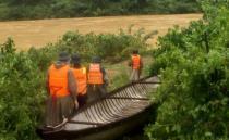 Nước lũ dâng cao, BĐBP Quảng Bình triển khai công tác ứng phó, tích cực tìm kiếm người mất tích